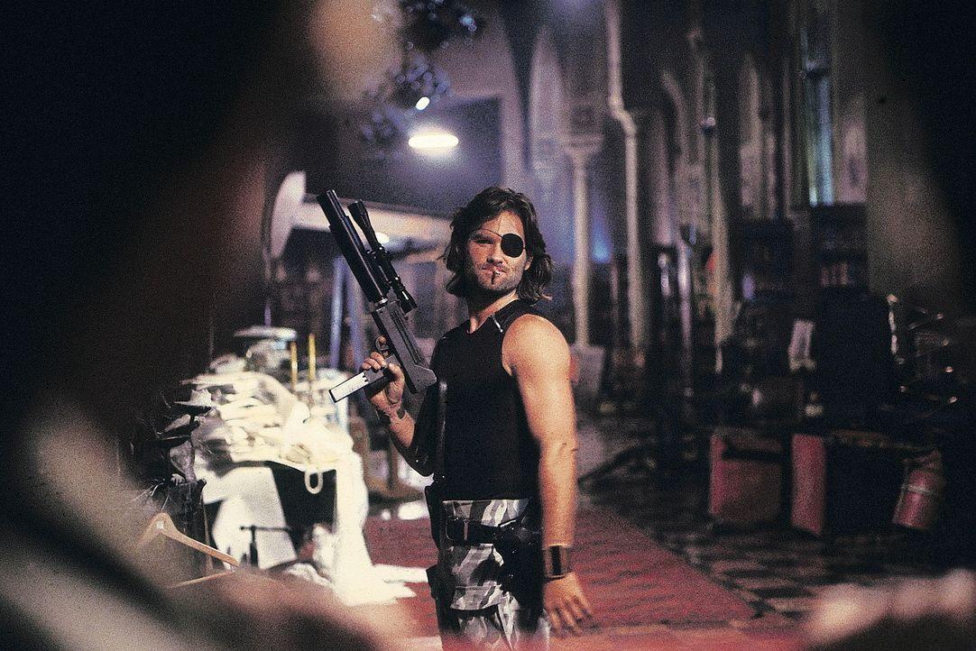 Söldner Snake Plissken (Kurt Russell) hat keine Alternative ... - Bildquelle: AVCO Embassy Pictures