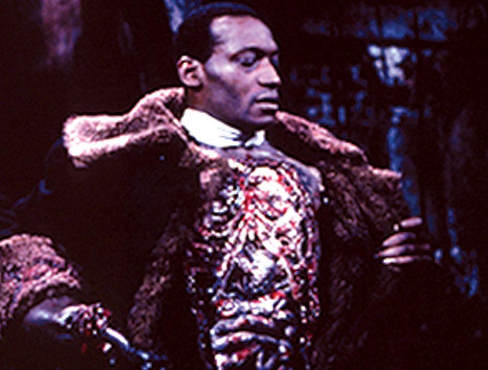 21 abscheuliche Morde, der Täter auf freiem Fuß. Im Ghetto regiert die Angst. Ein Gerücht macht die Runde. Der Candyman (Tony Todd), vor langer Zeit... - Bildquelle: TriStar Pictures
