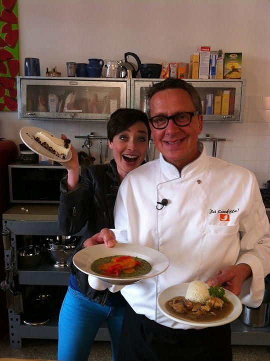 Kathy und Dirk mit Gerichten