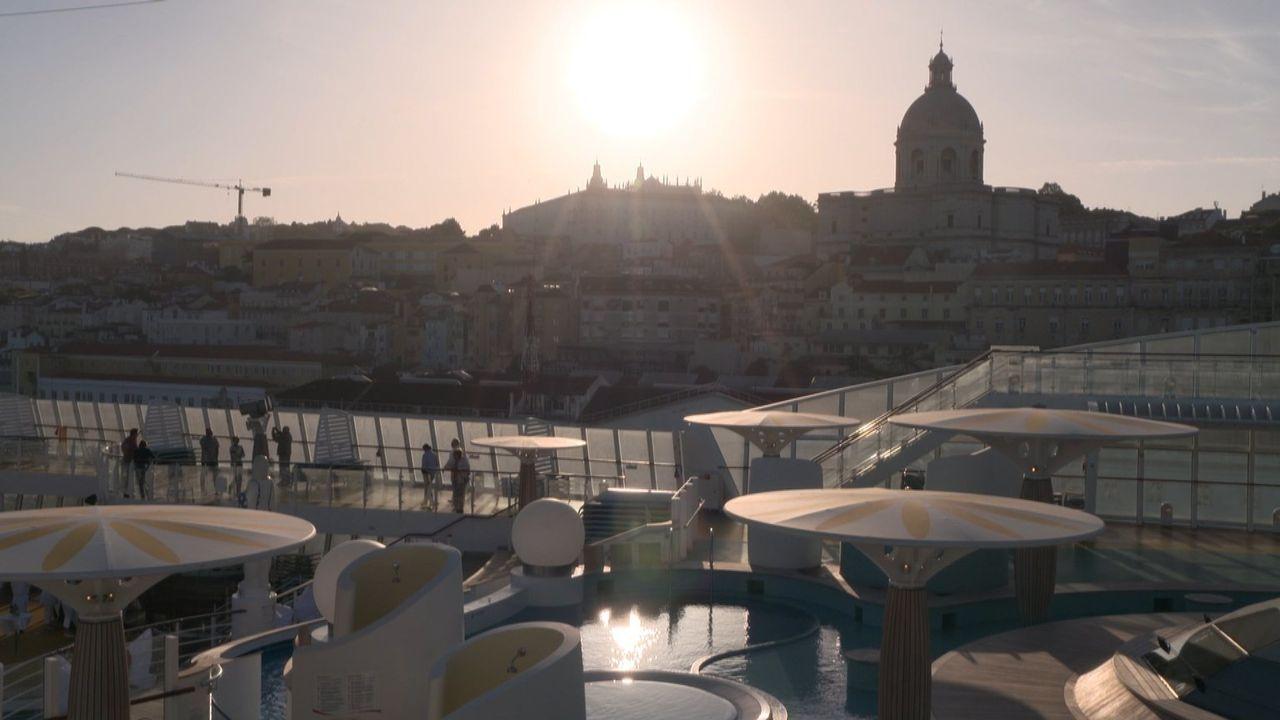 Die meisten Deutschen lieben Kreuzfahrten! Deswegen geht es diesmal gemeinsam mit der Aida Stella von Palma de Mallorca nach Lissabon und zurück. - Bildquelle: kabel eins