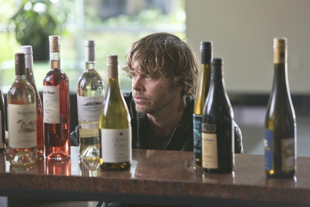 Ihr aktueller Fall führt Deeks (Eric Christian Olsen) und die anderen vom NCIS-L.A.-Team in die Welt des Weingroßhandels ... - Bildquelle: CBS Studios Inc. All Rights Reserved.
