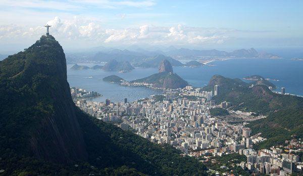 Der Blick auf Rio de Janeiro - Bildquelle: dpa