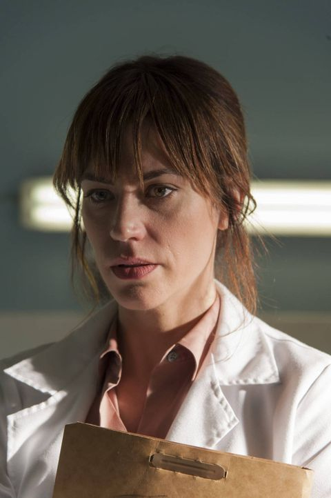 Verstrickt sich Tara (Maggie Siff) in einem Netz aus Lügen? - Bildquelle: 2012 Twentieth Century Fox Film Corporation and Bluebush Productions, LLC. All rights reserved.