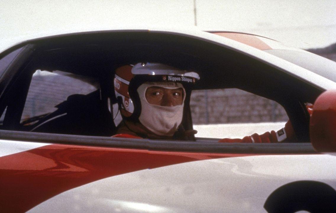 Der Mechaniker Jackie Chan (Jackie Chan) ist ein leidenschaftlicher Rennfahrer ... - Bildquelle: New Line Cinema
