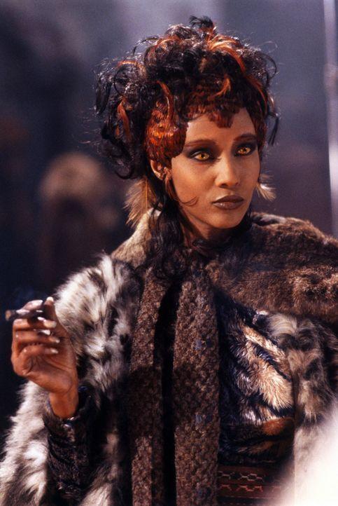 Marita (Iman) verfügt über einige sehr erstaunliche Eigenschaften ... - Bildquelle: Paramount Pictures