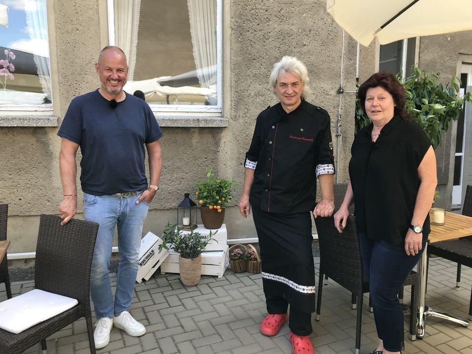 (v.l.n.r.) Frank Rosin; Inko Bode; Cornelia Bode - Bildquelle: Kabel Eins