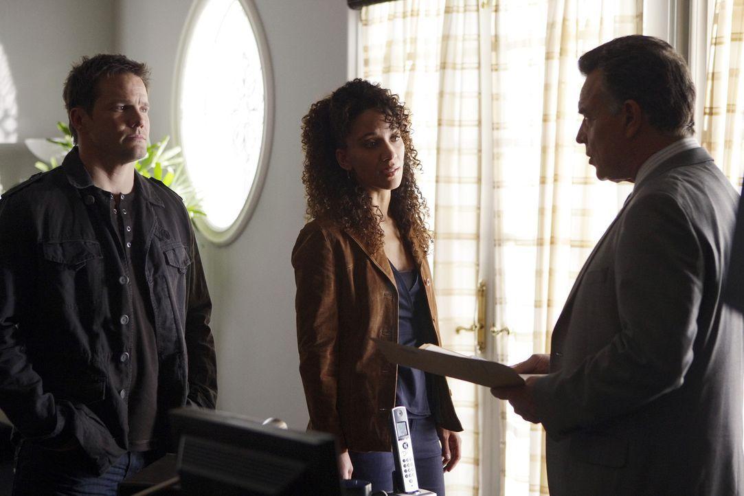 Hat Mitch Langford (Ray Wise, r.) etwas mit den kriminellen Machenschaften im Gericht zu tun? Colby Granger (Dylan Bruno, l.), Nikki Betancourt (Sop... - Bildquelle: Paramount Network Television