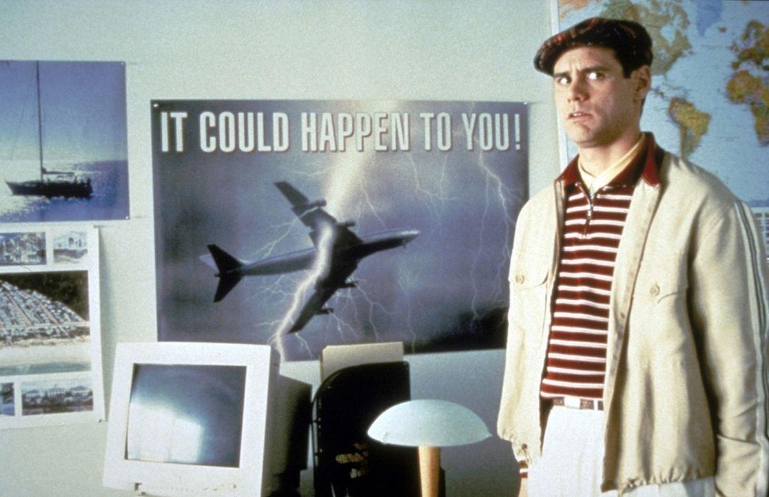 Trumans (Jim Carrey) größter Traum ist, aus dem kleinen idyllischen Städtchen Seahaven herauszukommen und die Welt zu sehen ... - Bildquelle: Paramount Pictures