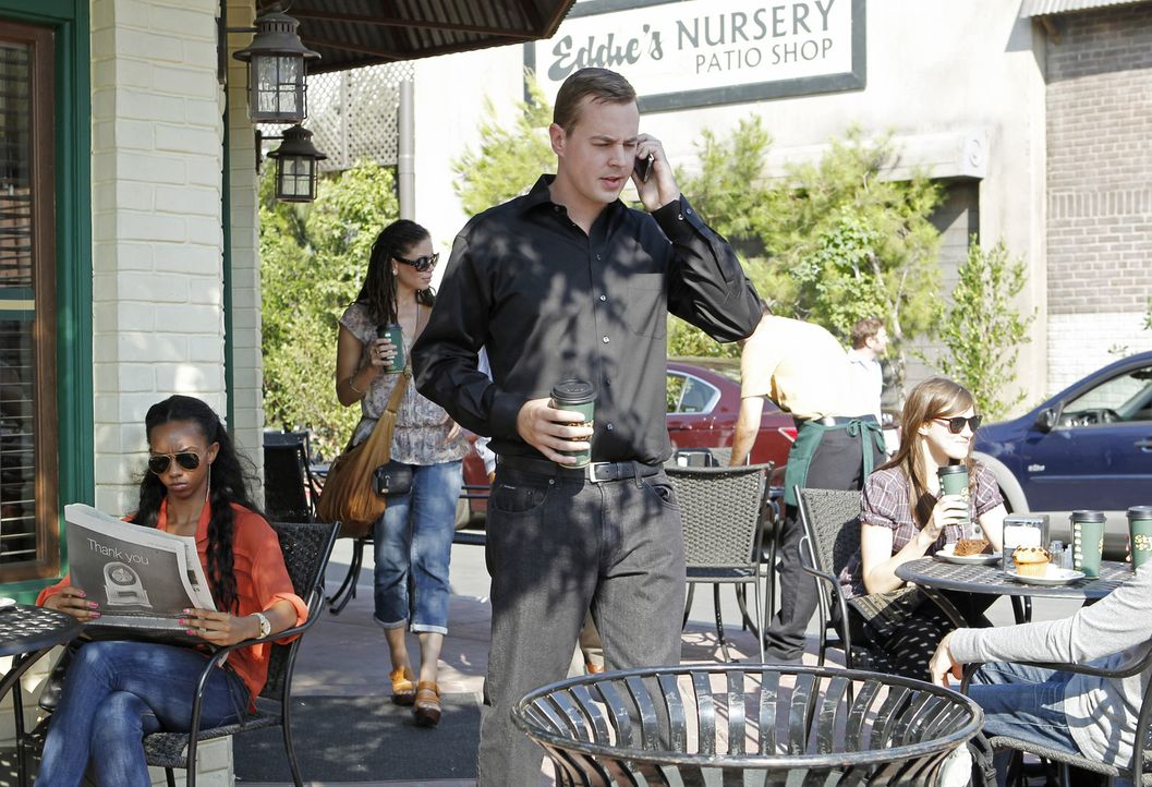 Ermittelt ohne seine Marke in Zivil weiter: McGee (Sean Murray, M.) ... - Bildquelle: CBS Television