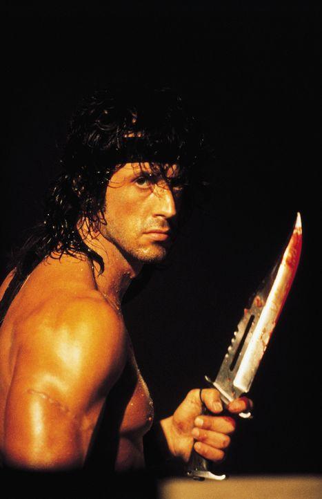 Für die Rettung seines Freundes aus den Fängen der Russen kennt Rambo (Sylvester Stallone) keine Gnade ... - Bildquelle: 1988 STUDIOCANAL. All Rights Reserved.