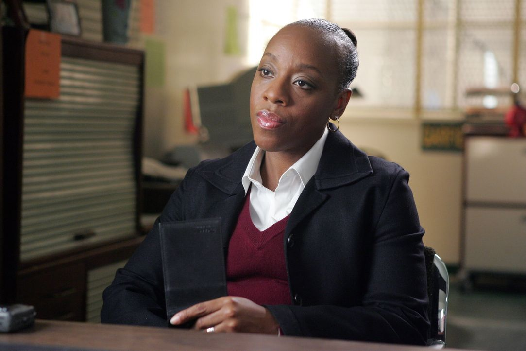 Ein neuer Fall bereitet Vivian (Marianne Jean-Baptiste) großes Kopfzerbrechen ... - Bildquelle: Warner Bros. Entertainment Inc.