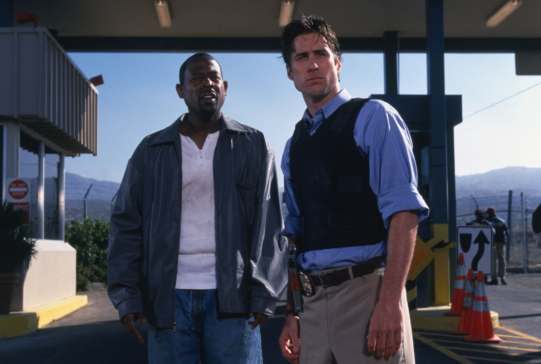 Miles Logan (Martin Lawrence, l.); Carlson (Luke Wilson , r.) - Bildquelle: 1999 Global Entertainment Productions GmbH & Co. Movie KG. All Rights Reserved.