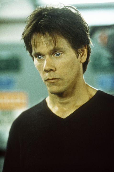 Wissenschaftler Sebastian Caine (Kevin Bacon) hat im Regierungsauftrag in einem Geheimlabor ein Serum entwickelt, das Menschen unsichtbar macht. Ein... - Bildquelle: Columbia Pictures