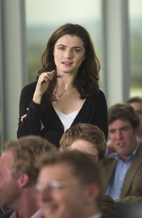 Die Politaktivistin Tessa (Rachel Weisz) scheut sich nicht unangenehme Fragen zu stellen, auch wenn sie an ihren zukünftigen Mann gehen ... - Bildquelle: Epsilon Motion Pictures