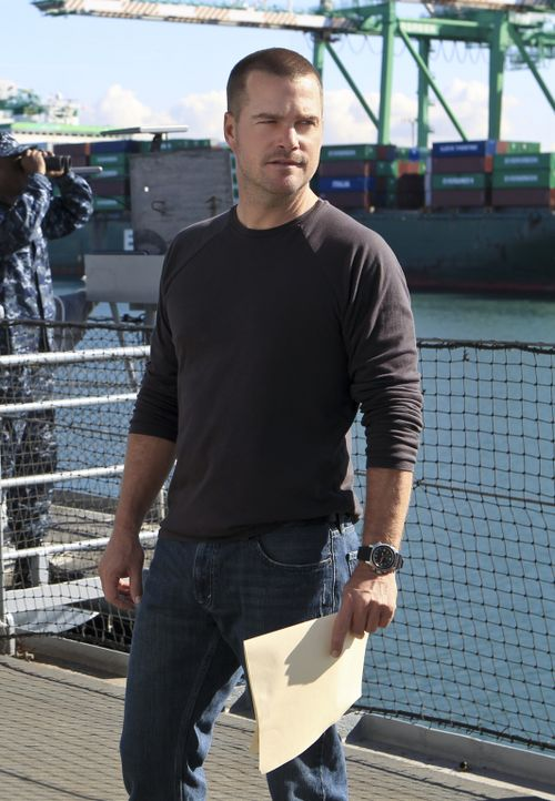 Versucht gemeinsam mit seinen Kollegen, einen neuen Fall zu lösen: Callen (Chris O'Donnell) ... - Bildquelle: CBS Studios Inc. All Rights Reserved.