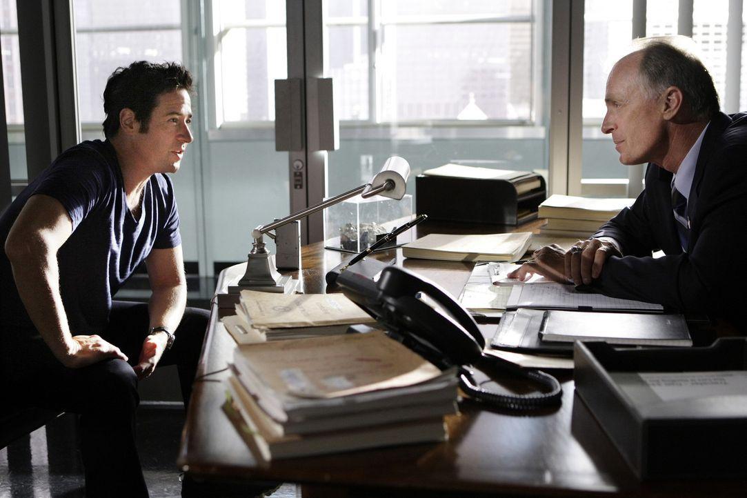 Arbeiten an einem neuen Fall: Don (Rob Morrow, l.) und Agent McGowan (Keith Carradine, r.)  ... - Bildquelle: Paramount Network Television