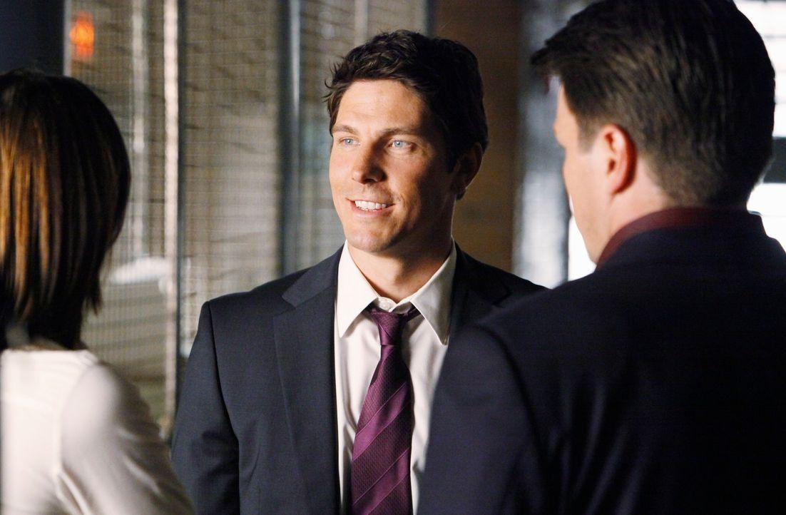 Beim aktuellen Fall soll Detective Demming (Michael Trucco, M.) vom Raubdezernat das Team unterstützen. Richard Castle (Nathan Fillion, r.) ist davo... - Bildquelle: ABC Studios