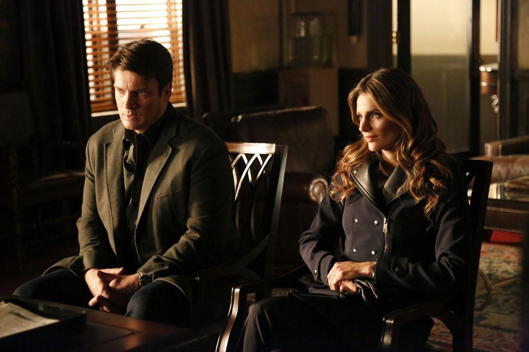 Castle (Nathan Fillion, l.) und Beckett (Stana Katic, r.) stecken mitten in den Hochzeitsvorbereitungen, als ein Mord geschieht: Ein Börsenhändler l... - Bildquelle: 2013 American Broadcasting Companies, Inc. All rights reserved.