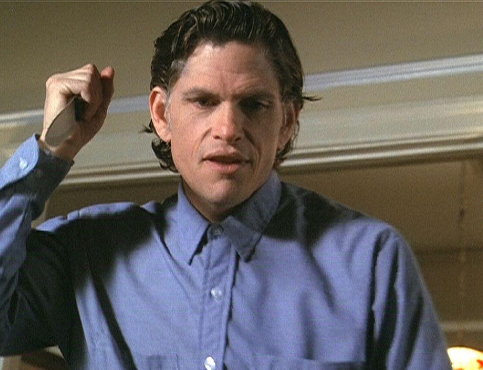 Der Massenmörder Jackson Ward (Jeff Kober), der vor 36 Jahren auf Alcatraz hingerichtet wurde, treibt seither als Geist sein Unwesen. - Bildquelle: Paramount Pictures