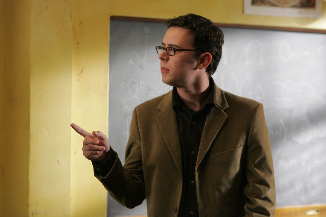 Charlies Mathematik Rivale: Professor Marshall Penfield (Colin Hanks) ... - Bildquelle: Paramount Network Television
