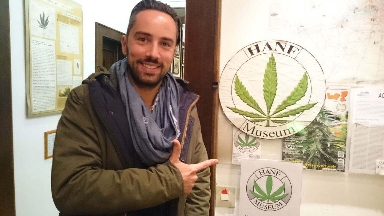 Vom Spinner zum Gewinner? Hanfgarten-Gründer Andreas Troger möchte das Image von Hanf als Heilpflanze stärken und möglichst viele natürliche Sorten... - Bildquelle: kabel eins