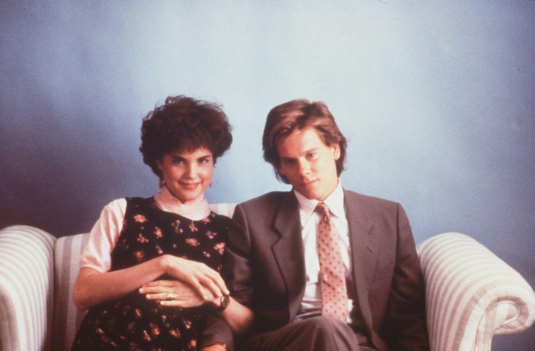 Während sich Kristy (Elizabeth McGovern) auf das Baby freut, fühlt sich Jake (Kevin Bacon) völlig überfordert und eingeengt ... - Bildquelle: Paramount Pictures