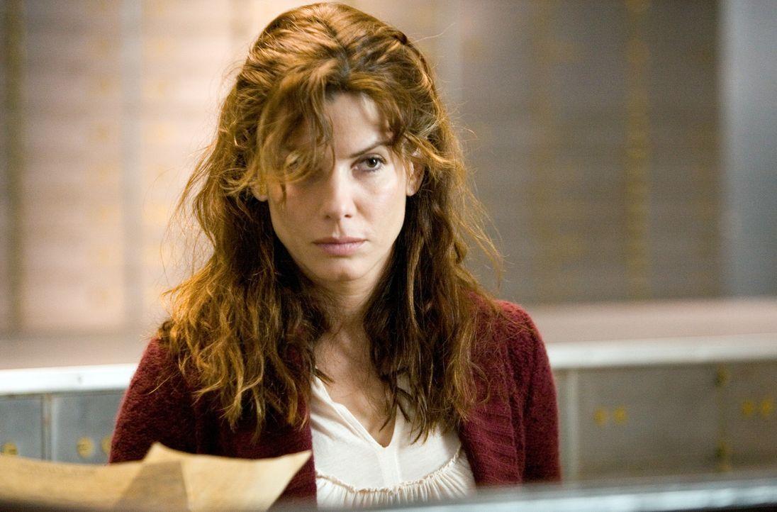 Tag für Tag wird Lindas (Sandra Bullock) Leben von der Gegenwart in die Zukunft und von der Zukunft zurück in die Gegenwart geworfen. Freunde und Fa... - Bildquelle: KINOWELT FILMVERLEIH GMBH