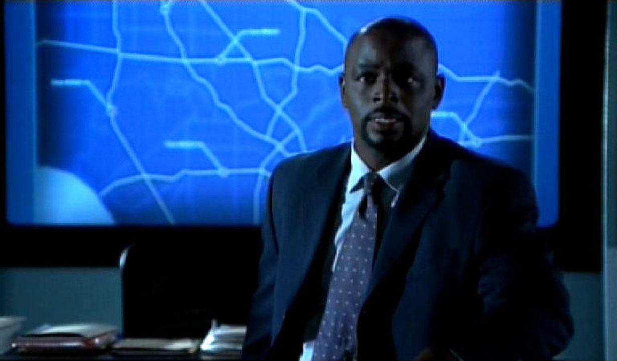 David Sinclair (Alimi Ballard) und der Rest des Teams ermitteln im Fall verschiedener Anschläge auf den Straßen von L.A. ... - Bildquelle: Paramount Network Television