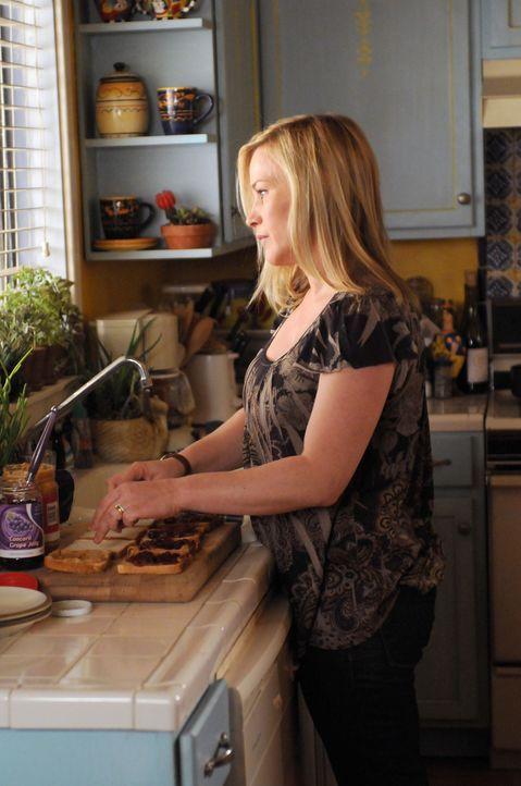 Nicht zu unrecht fühlt sich Allison (Patricia Arquette) beobachtet ... - Bildquelle: Paramount Network Television