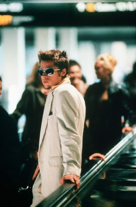 """""""Ich bin ein Neutrum"""": Deshalb genießt Tyler Durden (Brad Pitt) die Freiheit, all seine Wünsche vollständig ausleben zu können ... - Bildquelle: 20th Century Fox"""