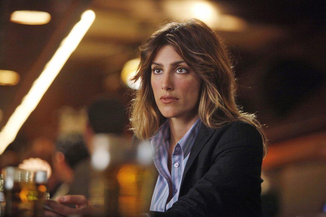 Der neue Fall bereitet Jackie (Jennifer Esposito) Kopfzerbrechen ... - Bildquelle: 2010 CBS Broadcasting Inc. All Rights Reserved