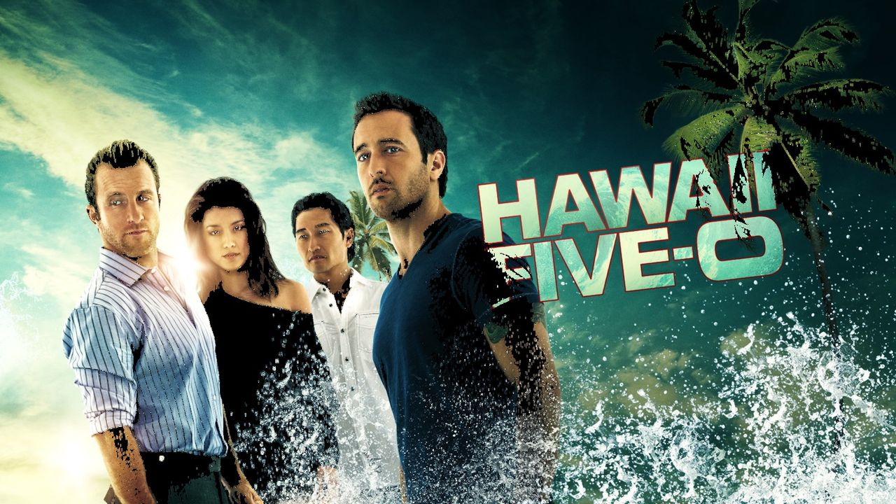 (7. Staffel) - Kämpfen gegen das organisierte Verbrechen auf Hawaii: Steve (Alex O'Loughlin, r.), Danny (Scott Caan, l.), Chin (Daniel Dae Kim, 2.v.... - Bildquelle: 2017 CBS Broadcasting Inc. All Rights Reserved.
