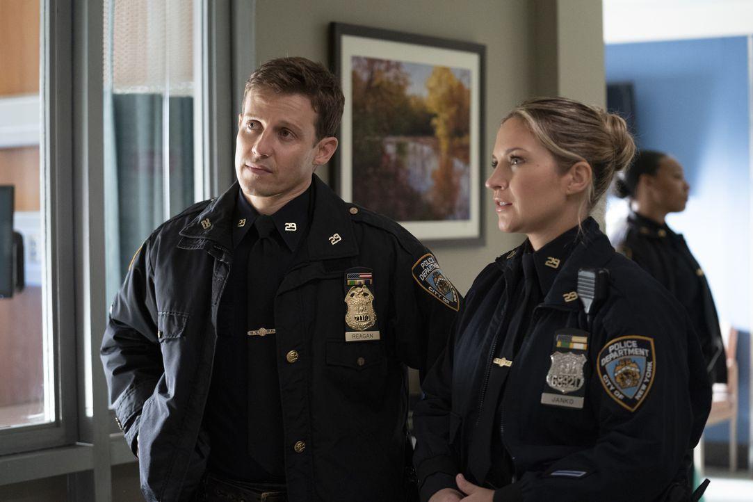 Jamie Reagan (Will Estes, l.); Abigail Baker (Abigail Hawk, r.) - Bildquelle: Patrick Harbron CBS '2020 CBS Broadcasting Inc. All Rights Reserved. / Patrick Harbron