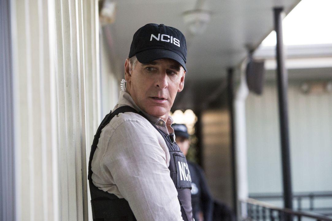 Ermittelt mit seinem Team in einem neuen verzwickten Mordfall: Pride (Scott Bakula) ... - Bildquelle: 2014 CBS Broadcasting Inc. All Rights Reserved.
