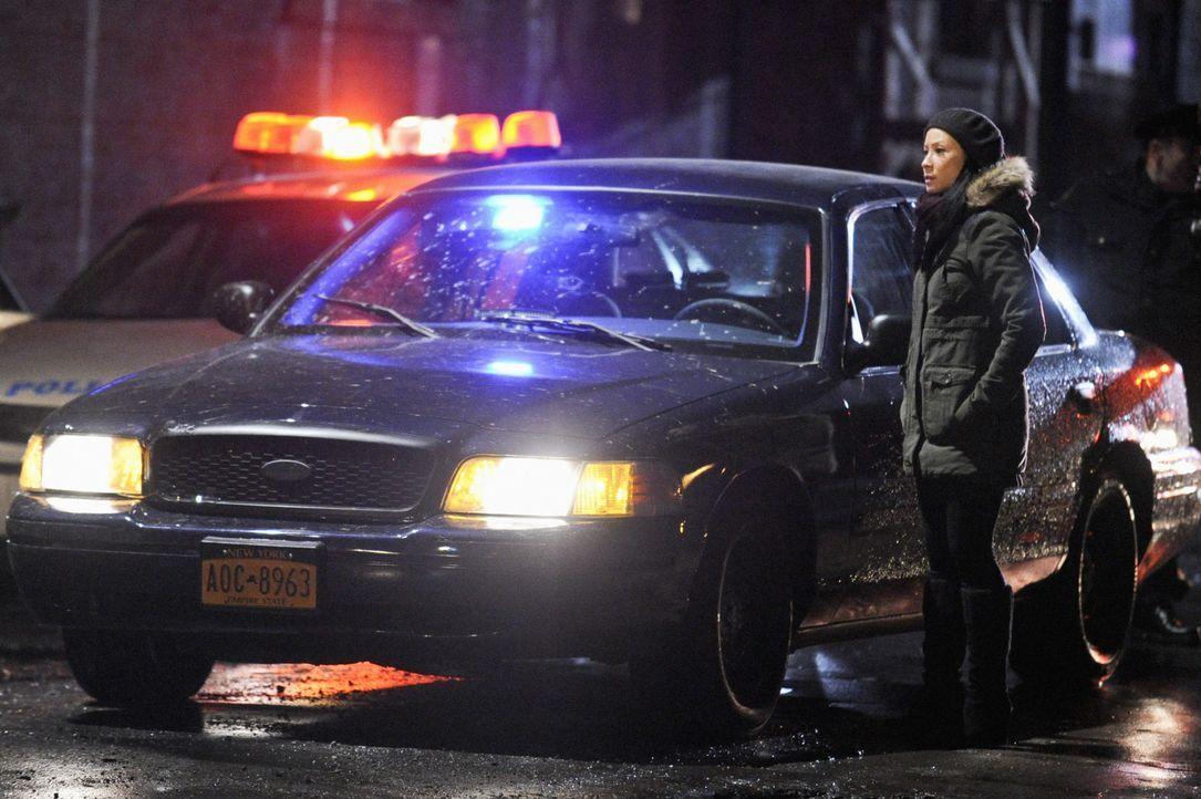 Während Sherlock Holmes in einem neuen Mordfall ermittelt, plagen Joan Watson (Lucy Liu) Zweifel, ob sie ihn verlassen kann, um einen neuen Klienten... - Bildquelle: CBS Television