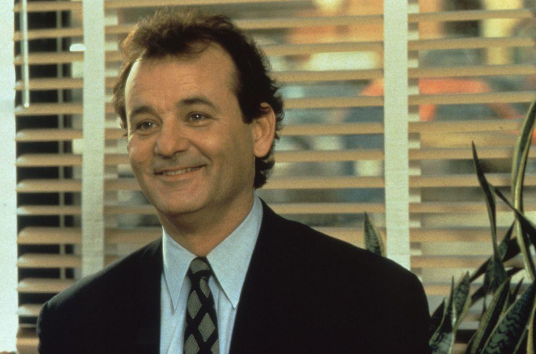 Noch lacht er, Misanthrop und Zyniker Phil Connors (Bill Murray) vor seiner Reise in den 2. Februar ... - Bildquelle: Columbia TriStar