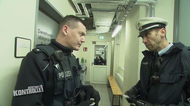 Achtung Kontrolle - Achtung Kontrolle! - Thema U.a:bundespolizei Dresden - Alkoholisierter Täter