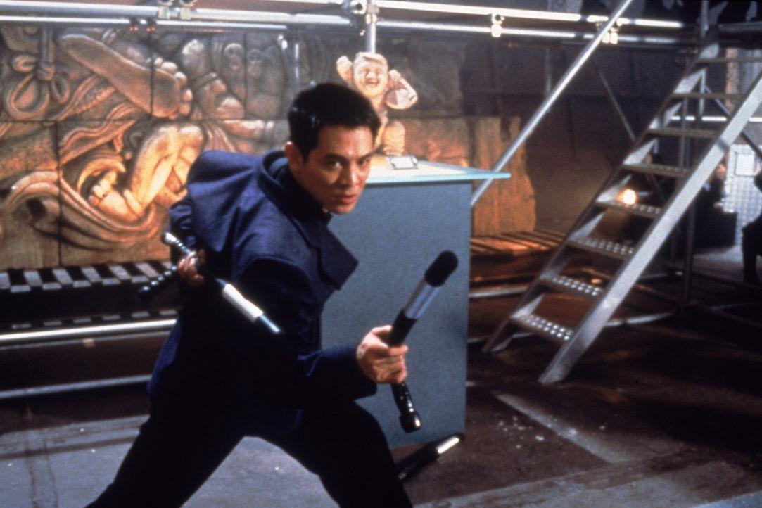 Sollte er den Mörder des mächtigen Yakuza-Bosses Tsukamoto zur Strecke bringen, winken Fu (Jet Li) 100 Millionen Dollar Prämie ? - Bildquelle: Sony 2007 CPT Holdings, Inc.  All Rights Reserved.