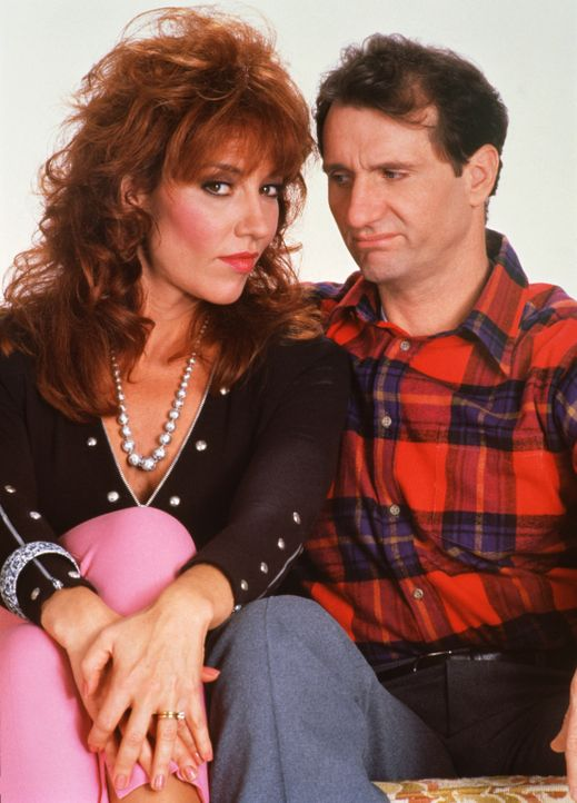 "(3. Staffel) - Ein ""Herz und eine Seele?: Al (Ed O'Neill, r.) und Peggy Bundy (Katey Sagal, l.) - Bildquelle: 1988, 1989 ELP Communications. All Rights Reserved."