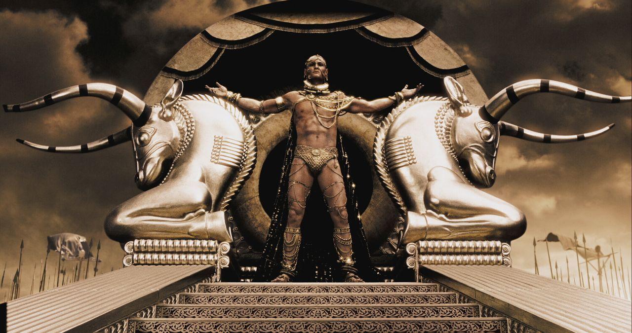 480 vor Christus marschiert Großkönig Xerxes (Rodrigo Santoro) von Persien mit einer riesigen Armee nach Griechenland. Er schickt einen Boten nach S... - Bildquelle: TM & © Warner Bros. Entertainment Inc.