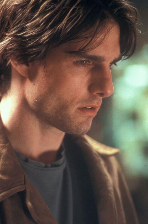 Seit dem schweren Unfall ist David (Tom Cruise) getrieben zwischen Wahn und Wirklichkeit. Da wird ihm ein sonderbarer Vorschlag gemacht ... - Bildquelle: Neal Preston Paramount Pictures