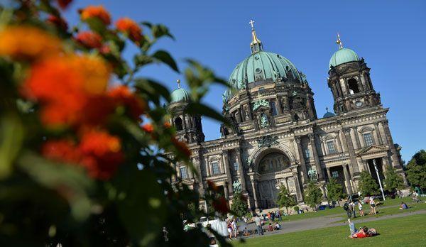 Berliner Dom - Bildquelle: dpa