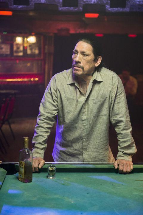 Einst von Freund und Feind gefürchtet, kriegt der Ex-Profikiller Tuhon (Danny Trejo), der in Mexiko untergetaucht ist, heute selbst bei seinen eigen... - Bildquelle: CBS Studios Inc. All Rights Reserved.
