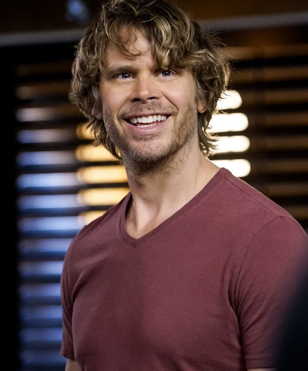 Deeks (Eric Christian Olsen) und seine Kollegen ermitteln im Fall des Verschwindens von Lieutenant Commander Jennifer Morgan, die gegen ausländische... - Bildquelle: Cliff Lipson 2016 CBS Broadcasting, Inc. All Rights Reserved. / Cliff Lipson