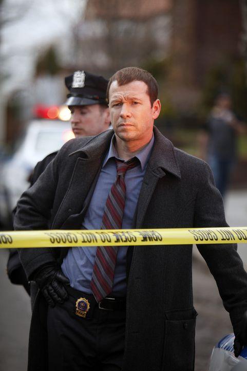 Danny Reagan (Donnie Wahlberg) setzt alles daran, den wahren Mörder des Paares aus der Nachbarschaft zu finden ... - Bildquelle: 2010 CBS Broadcasting Inc. All Rights Reserved