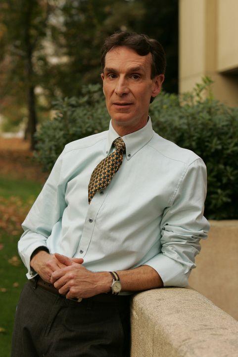 Bill Waldie (Bill Nye) versucht Charlie und Don bei einem neuen Fall zu helfen ... - Bildquelle: Paramount Network Television