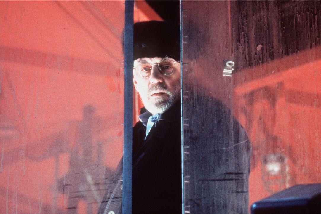 Als CIA-Agent Jack Shaw (Donald Sutherland) von dem Doppelgänger des Terroristen Carlos erfährt, reift in ihm ein ungeheuerlicher Plan ... - Bildquelle: Sony Pictures Entertainment
