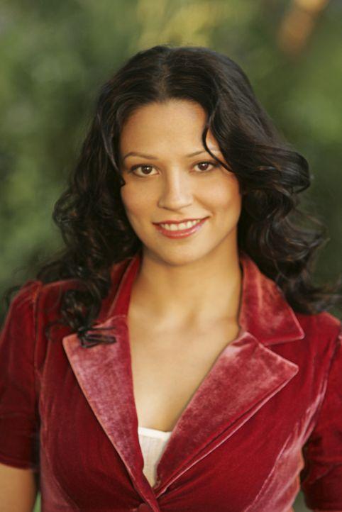 (1. Staffel) - Amita Ramanujan (Navi Rawat) ist Charlies Doktorandin und hilft ihm sogar gelegentlich bei seiner Arbeit für das FBI ... - Bildquelle: Paramount Network Television