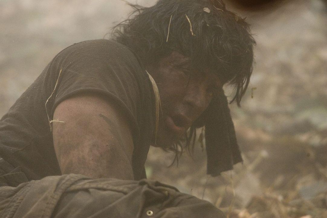 Rambo (Sylvester Stallone), der wortkarge Einzelkämpfer, muss sich mal wieder mit einer hemmungslosen Übermacht anlegen ... - Bildquelle: Karen Ballard Nu Image Films