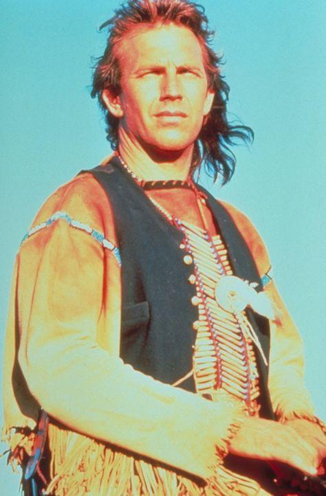 Leutnant John Dunbar (Kevin Costner) lässt sich als hochdekorierter Offizier der Nordstaatenarmee in den Westen versetzen - an jene Zivilisationsgr... - Bildquelle: Orion Pictures Corporation